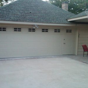 Garage Door Repair Services in Santa Monica